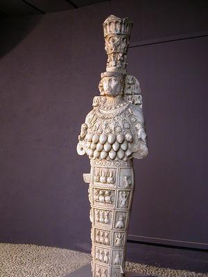 300px-Artemis_Ephesos