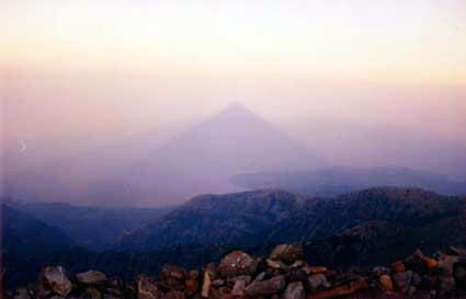 taygetos-schatten-der-pyramide