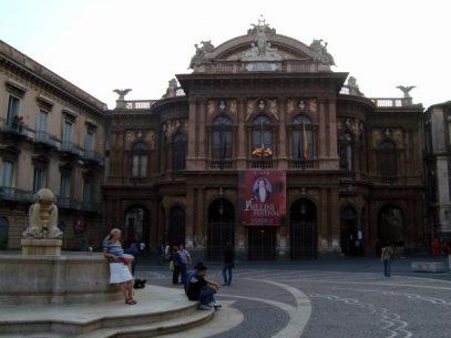 Die Oper am Tage