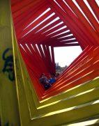 Riesenschlange, Skulptur von Helen Escobedo im Campus der Uni von Mexico City