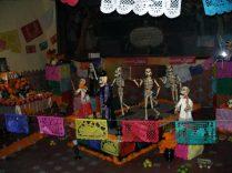Puppen-Theater