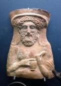 Dionysos mit Kelch und Ei, ca 5. vorchr. Jh